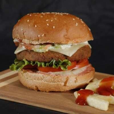 Aloo Tikki Burger With Cheese